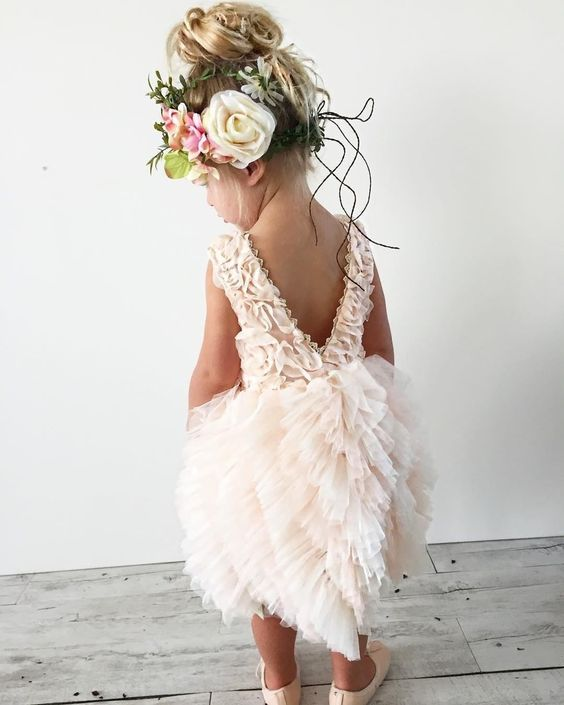 don't forget about little princess - flower girl, this cute bride-in-training.