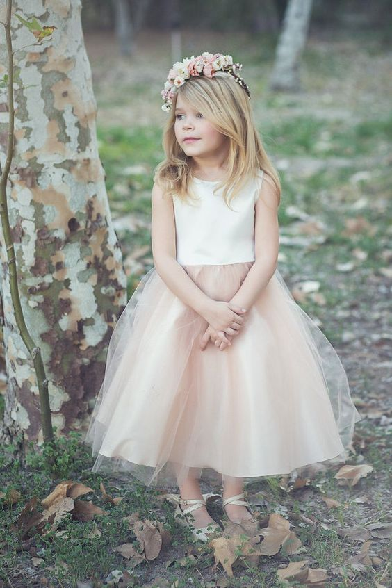 bc6b9cd79af6 20+ Cutest (and Affordable) Flower Girl Dresses for The Little Ones ...