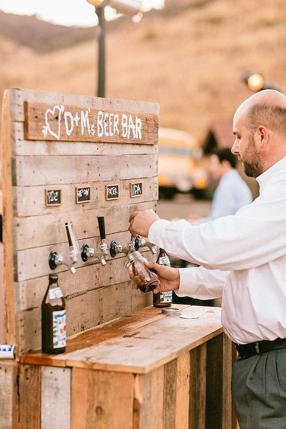 18 Unique and Creative Wedding Drink Bar Ideas for Outdoor Wedding
