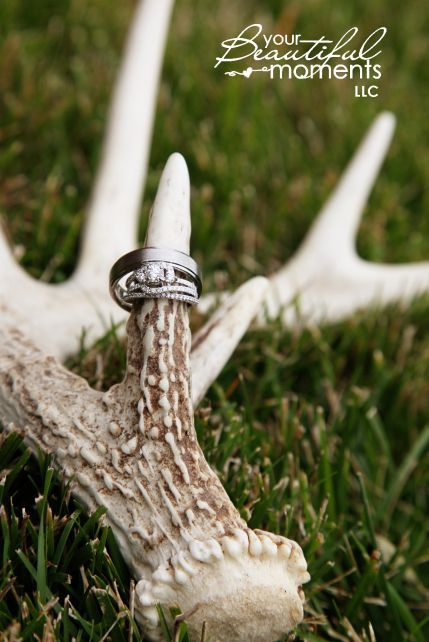 18 Days to Use Deer Antler for Your Rustic Wedding