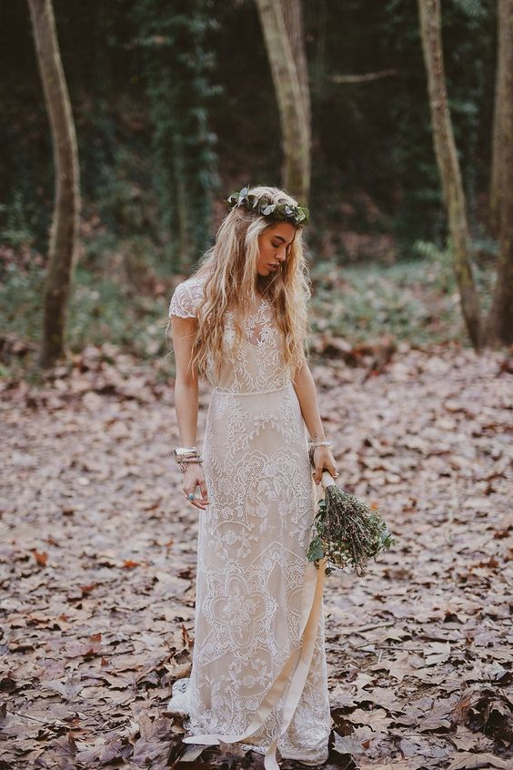 18 Dream and Chic Bohemian Wedding Dresses