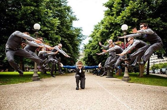 20 Hilarious and Creative Groomsmen Photo Ideas