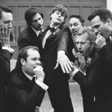 20 Hilarious and Creative Groomsmen Photo Ideas