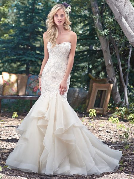 7c3187d415e1f 18 Flattering Mermaid Wedding Dresses - Page 2 of 2 - ChicWedd