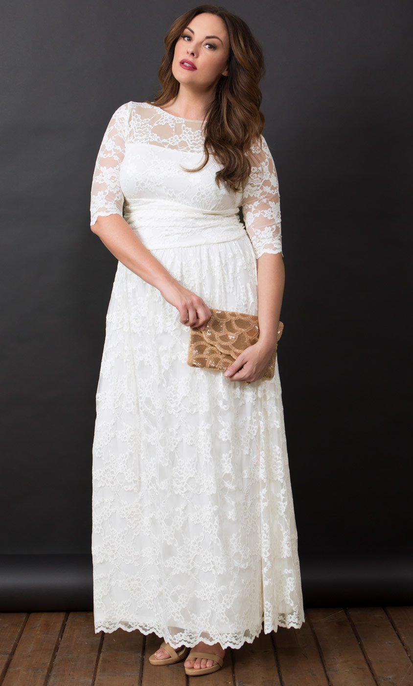 18 Romantic and Eye-catching Plus Size Wedding Dresses - ChicWedd