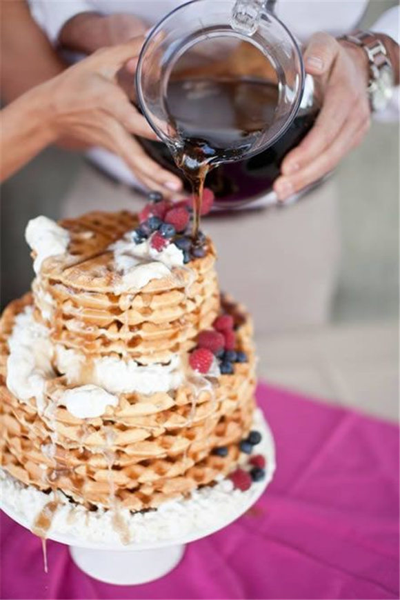 Cool Alternatives to the Traditional Wedding Cake