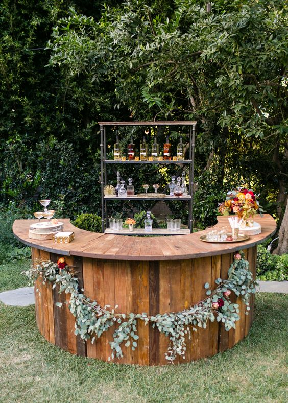 Warm Fall Inspired Outdoor Wedding Ideas