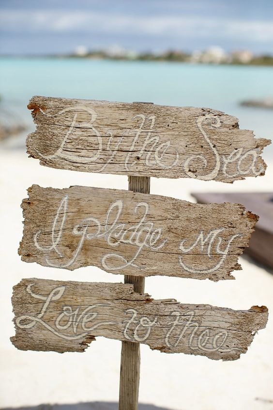 Easy Ways to Decorate for Beach Wedding Theme