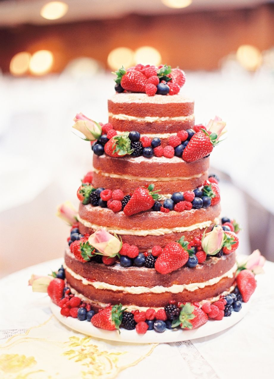 Berry Cakes For Summer Weddings