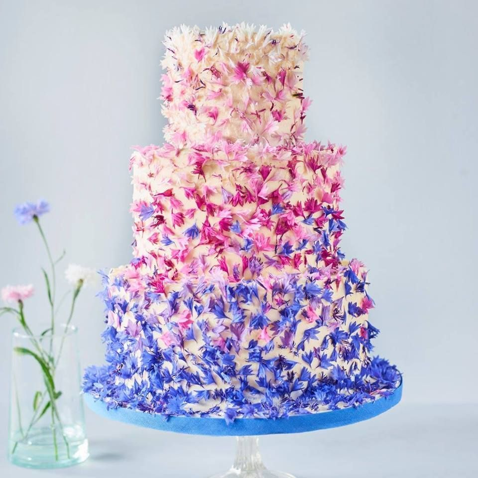 35 Non-Traditional Wedding Cakes You Will Love