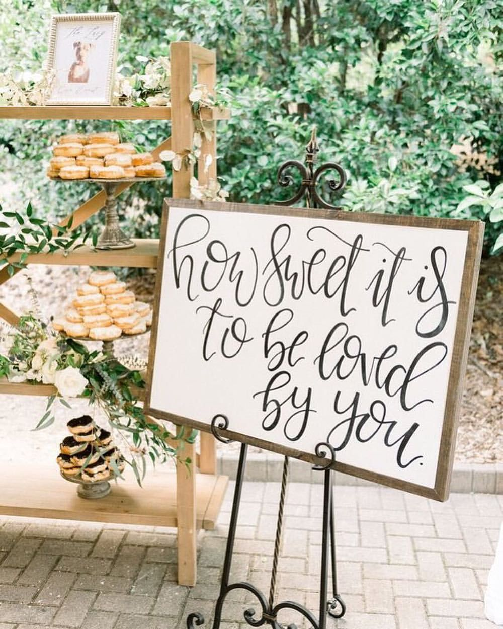 Awesome Wedding Dessert Table Décor Ideas