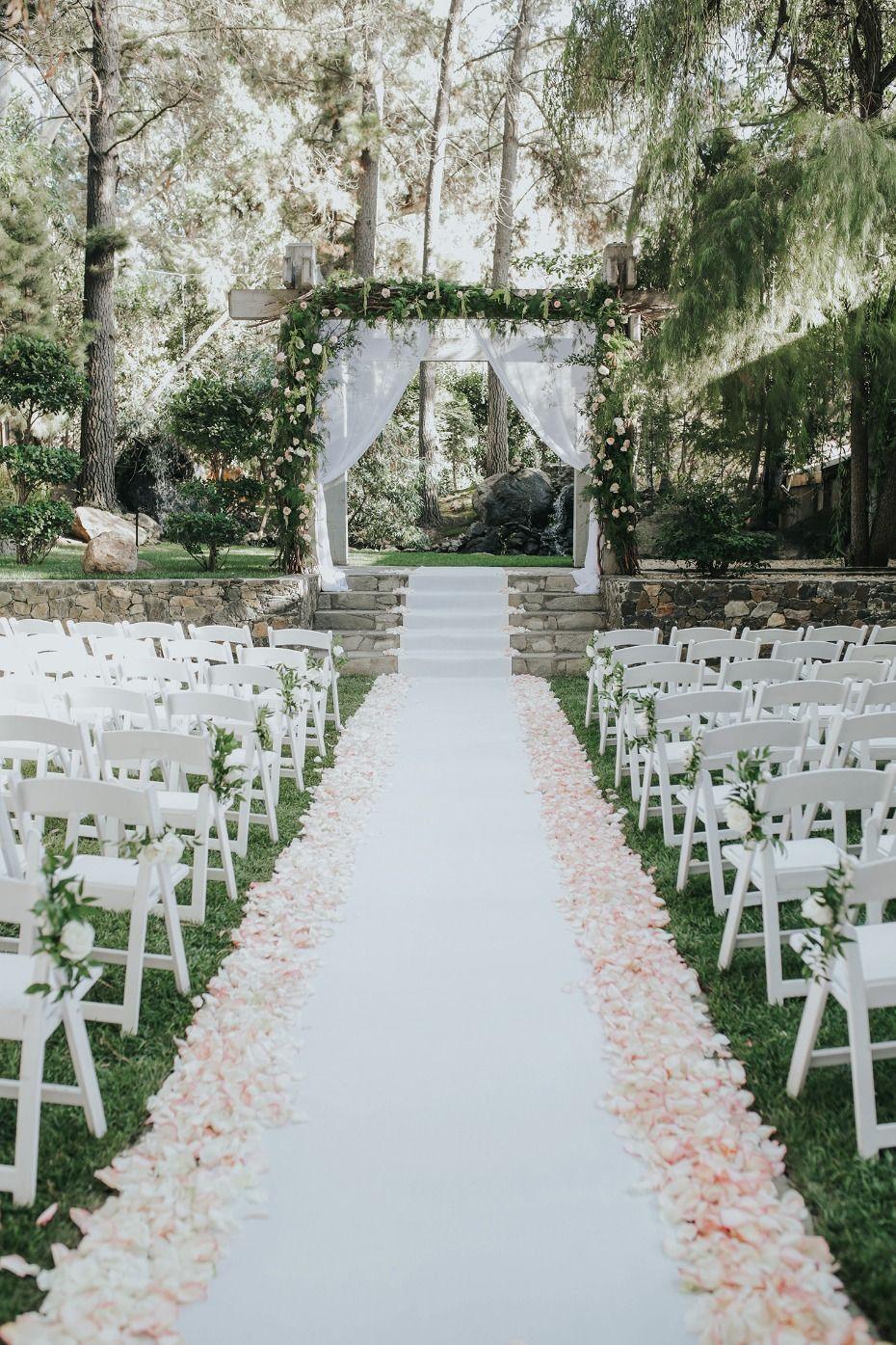 34 Stylish Outdoor Wedding Aisle Décor Ideas - ChicWedd