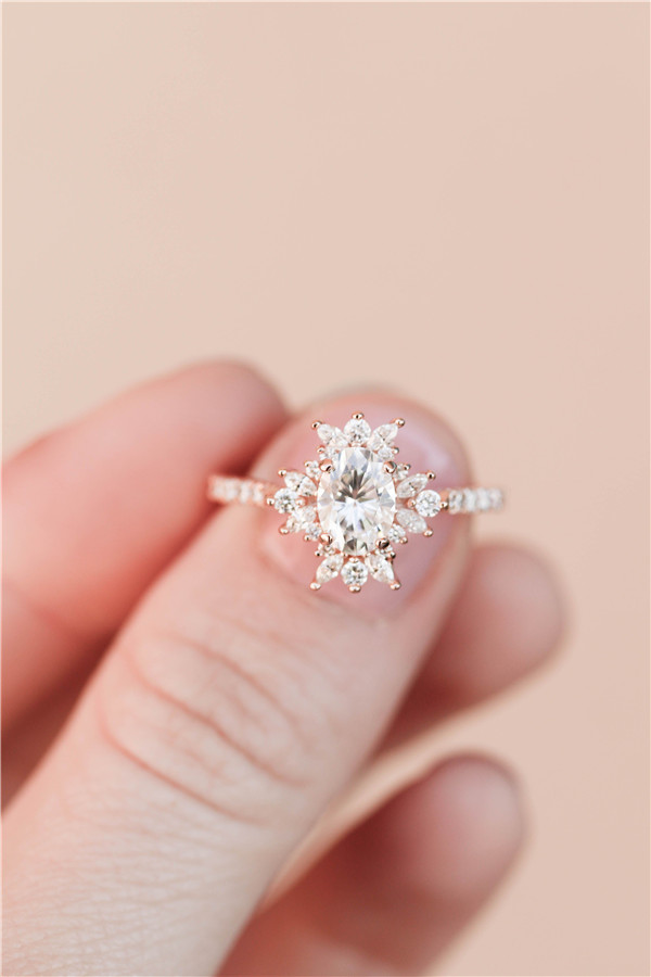 Rose Gold Engagement Rings Every Bride Will Love