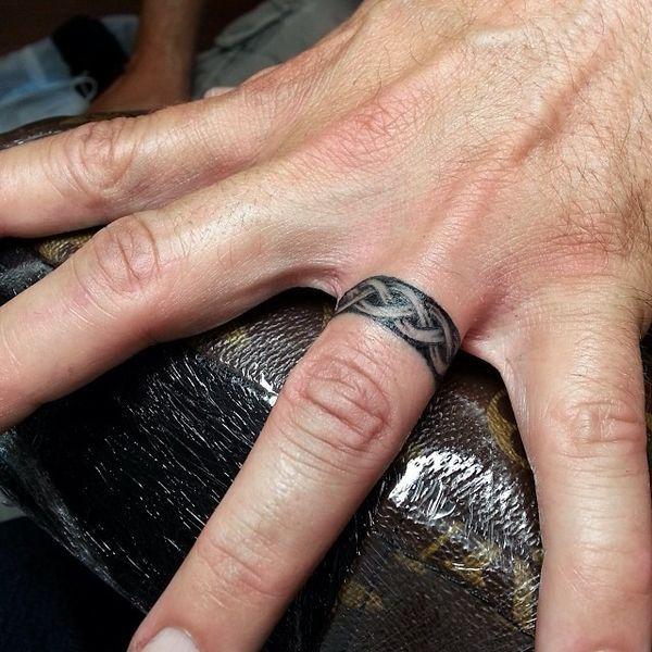 Male Wedding Ring Tattoo Designs: 35 Creative Wedding Band Tattoo Ideas To Copy