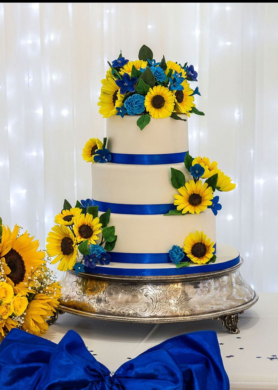 Romantic Sunflower Wedding Cakes
